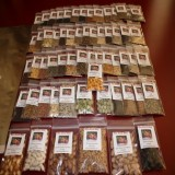64 VARIETY SPRING GARDEN Heirloom Seed Package